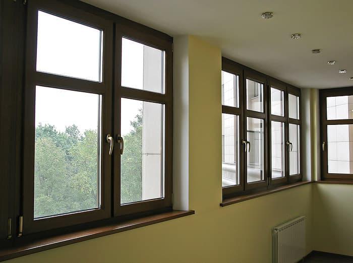 Кольорові пластикові вікна