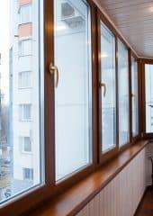 остекление и утепление балкона цена