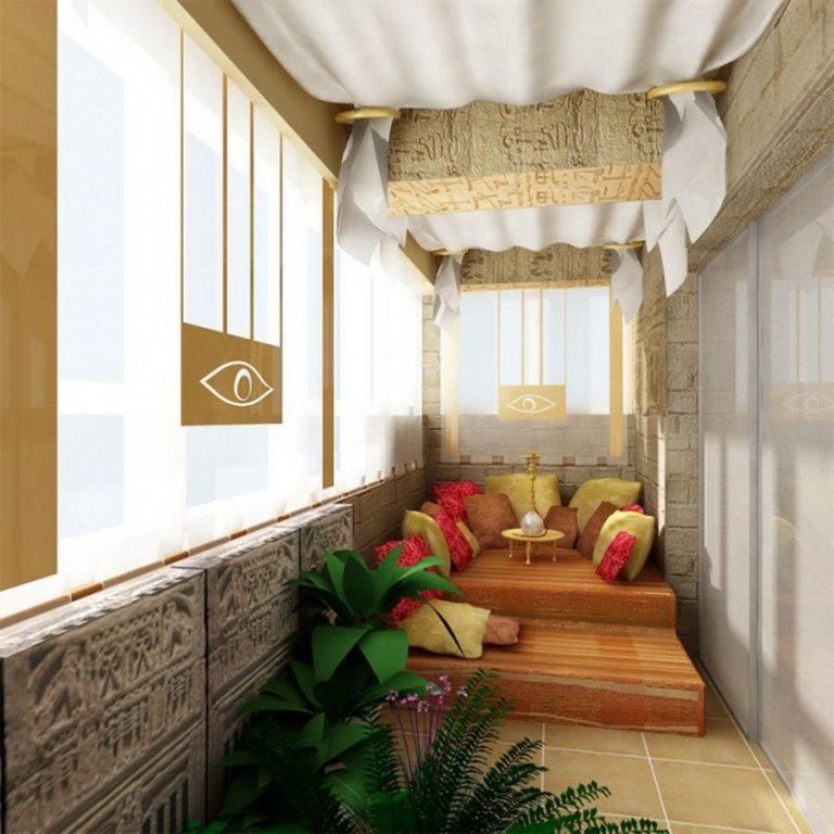 уютное меблирование балкона